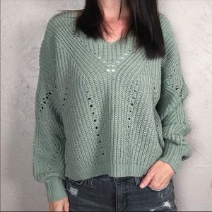 NWT Mood & Madison Cropped Chunky Knit Sweater